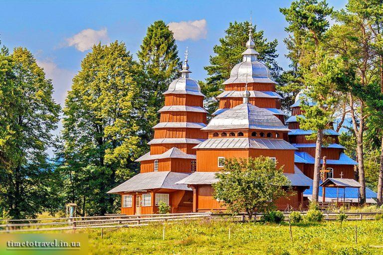Деревянная церковь Собора Пресвятой Богородицы (или святого Дмитрия), с. Матков, Львовщина
